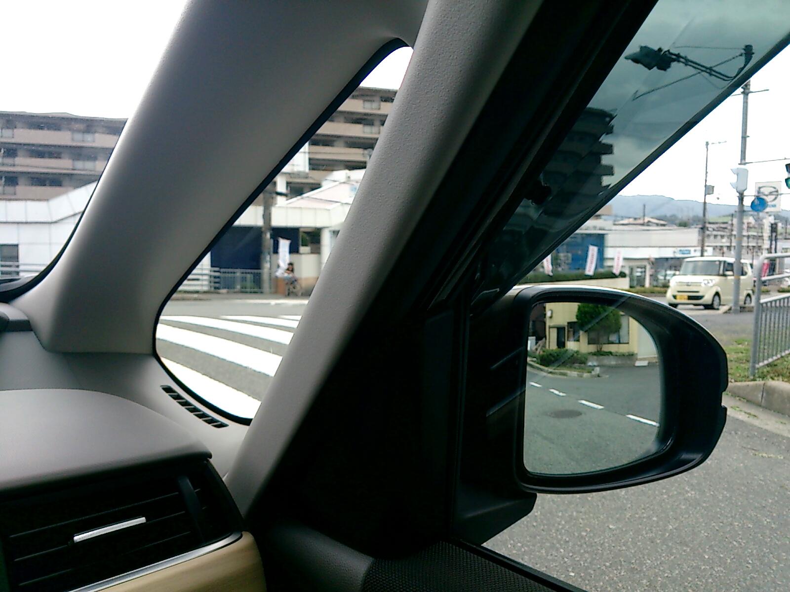 new FREED 運転席側Aピラー