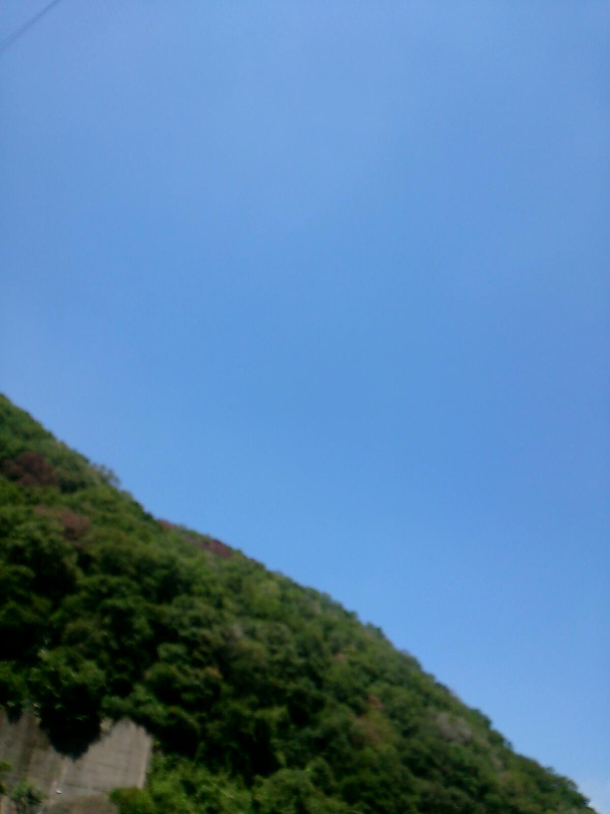 武田尾から見る澄み渡った空