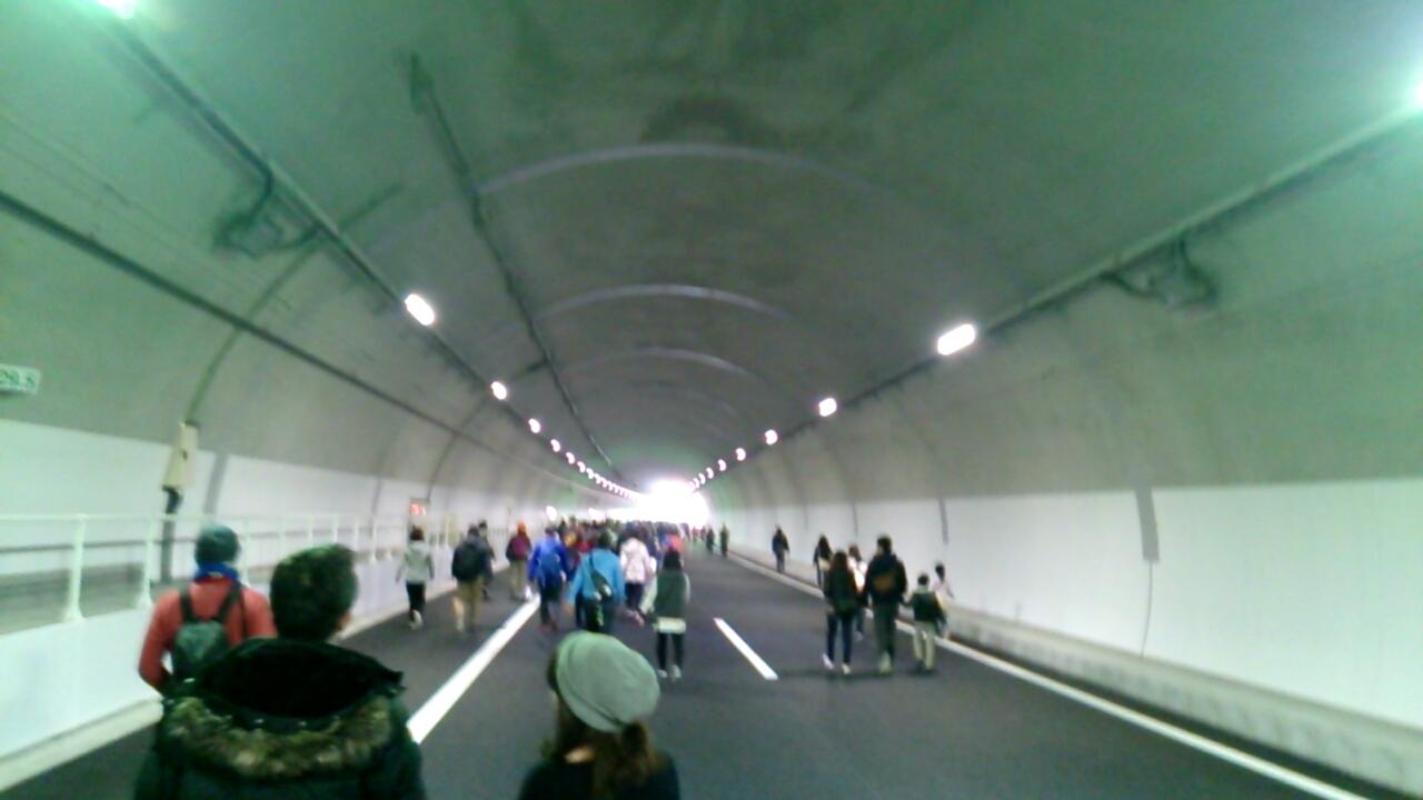 止々呂美トンネル内から見える出口2