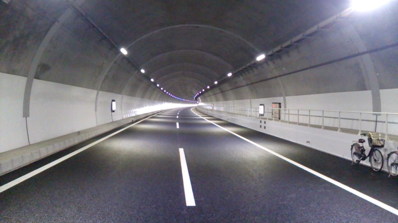 川西トンネル内Uターン(神戸方面を望む)